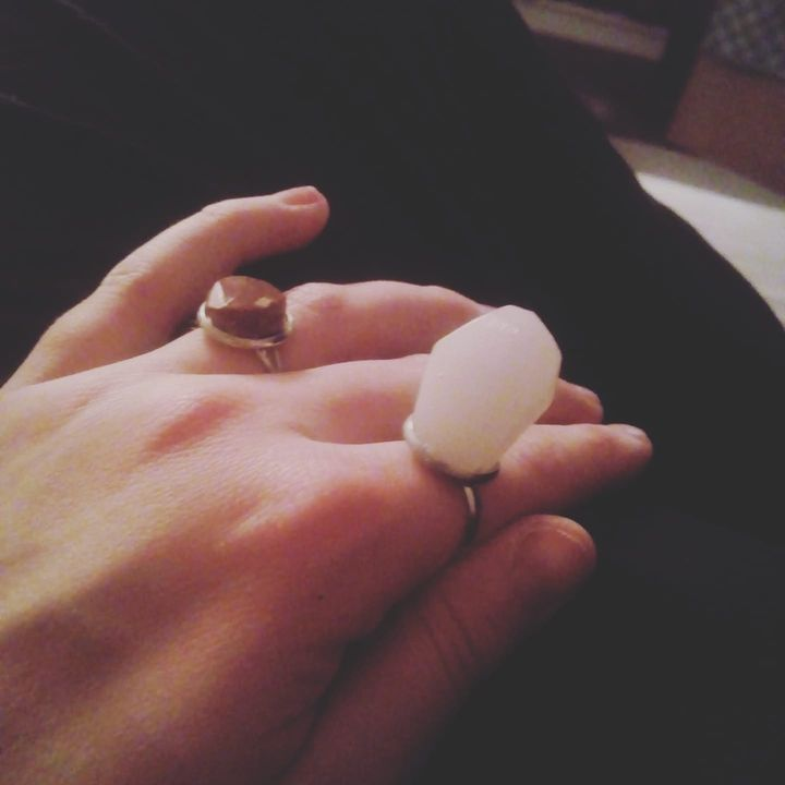 #crystal #stone #rings #stainlesssteel #handmade #by #elenabasilakes #diyliko PM me for more Infos.